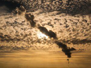 smoke plume, sky, clouds